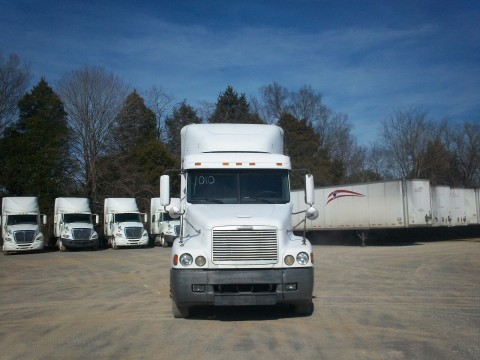 2000 Freightliner C120 for sale