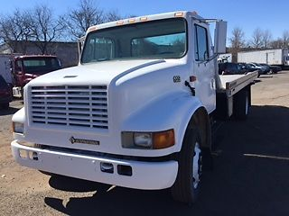 2000 International 4700 Tow Truck for sale