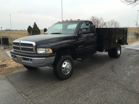 2001 Dodge RAM 3500 11′ Stahl Service body Cummins Diesel for sale