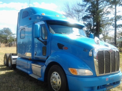 2006 Peterbilt 387 With Thermo KING Tripack APU Espar HEATER for sale