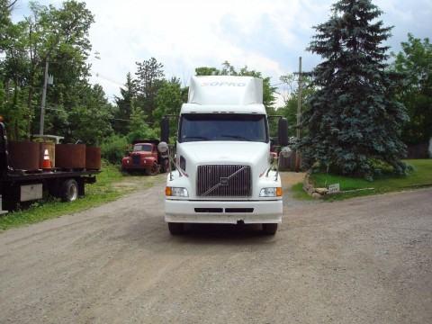 1998 Volvo VLN64T Truck for sale