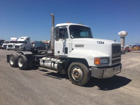 1999 Mack CH613 Truck for sale