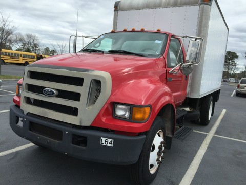 2005 Ford F-750 Box Truck for sale