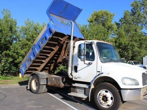 2005 Freightliner M2 Dump Truck for sale