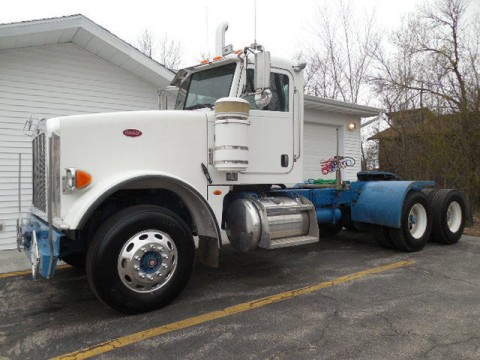 2008 Peterbilt 367 Day Cab Truck for sale