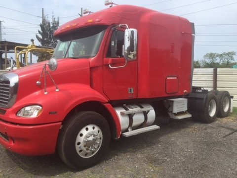 2009 Freightliner Columbia Truck for sale