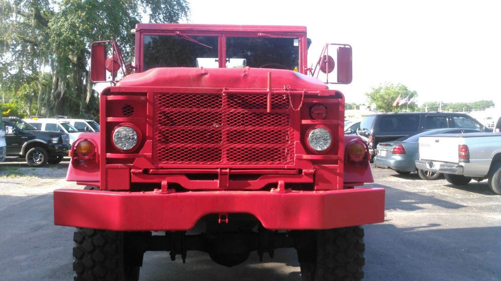 1984 AM General M9312A1 truck