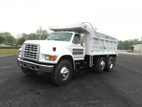 1997 Ford F8000 truck for sale