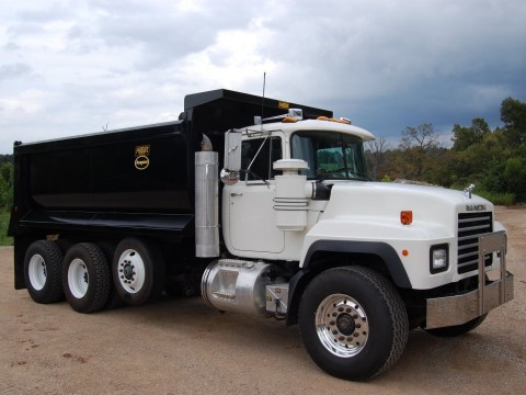 2000 Mack RD688S truck for sale