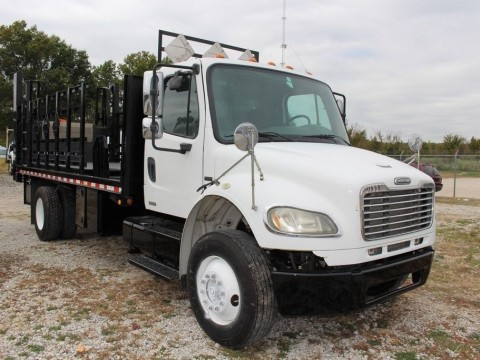 2005 Freightliner Business Class M2 for sale