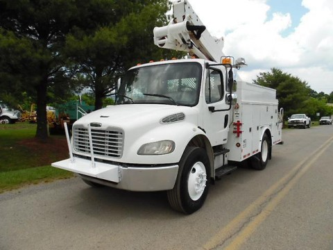 2007 Freightliner M2 truck for sale