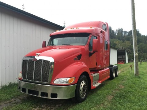 2007 Peterbilt 387 truck for sale
