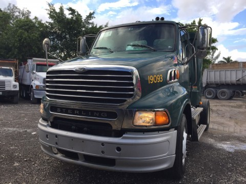 2010 Sterling A9500 truck for sale