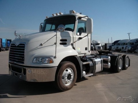 2011 Mack CX Series truck for sale