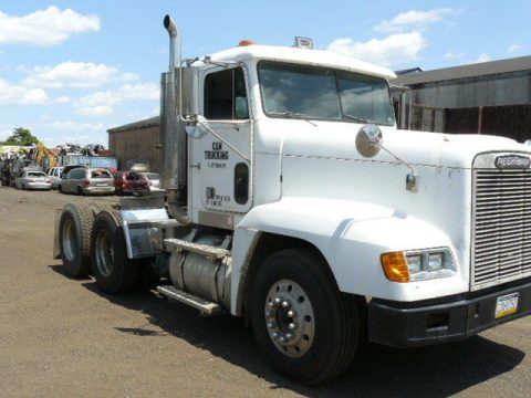 Air conditioned 1994 Freightliner truck for sale