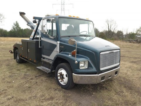 Great running 1998 Freightliner FL60 truck for sale