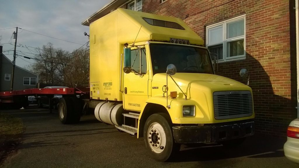 Rebuilt engine 1998 Freightliner truck