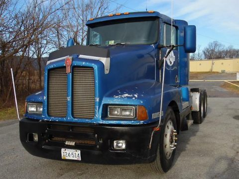 Tandem axle 1992 Kenworth T600 truck for sale