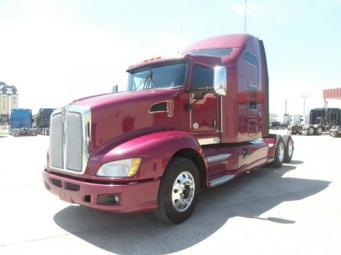 clean 2012 Kenworth T660 truck for sale