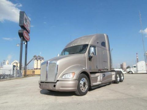 good condition 2012 Kenworth T700 truck for sale