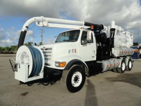 vacuum excavator 1999 Sterling L9501 truck for sale
