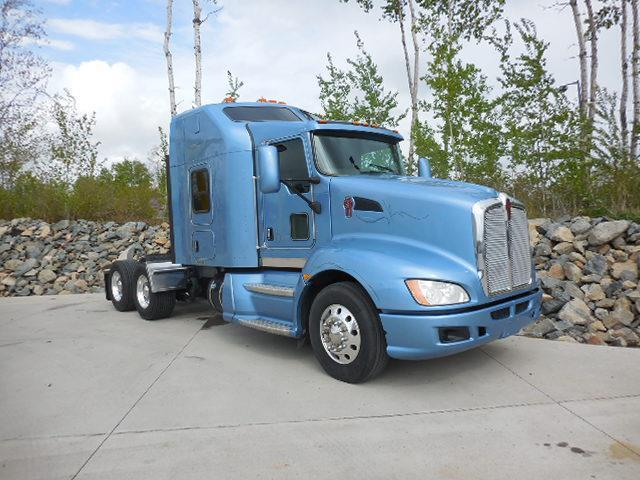 decent mileage 2013 Kenworth T660 truck