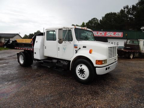 dump truck 2000 International 4700 truck for sale