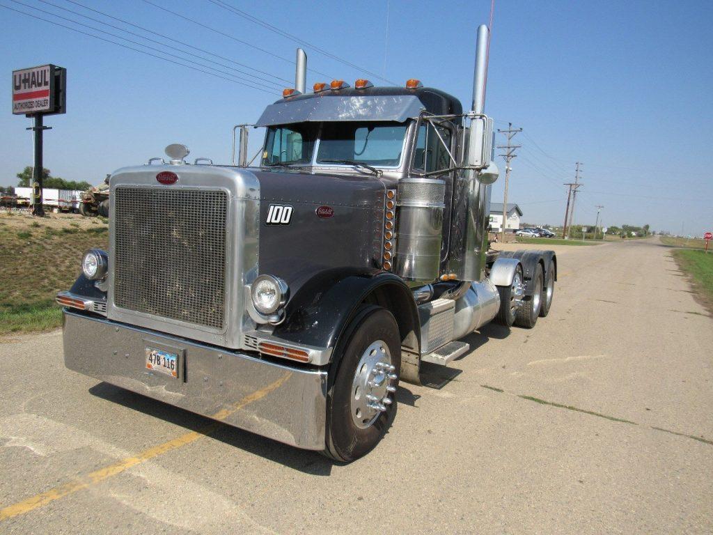 renewed 1998 Peterbilt 379 truck