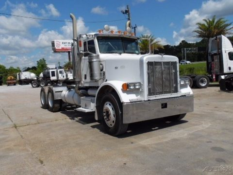 clean 2006 Peterbilt 378 truck for sale