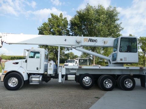 pretty clean 2007 Peterbilt 340 crane truck for sale