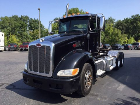 clean 2011 Peterbilt 386 truck for sale