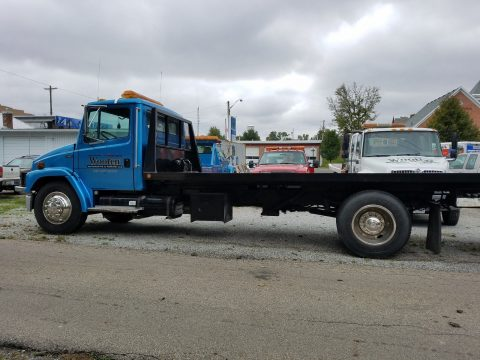 tow truck 1999 Freightliner truck for sale