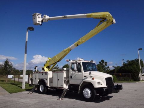 ready for work 2000 Freightliner FL80 Bucket Service Truck for sale