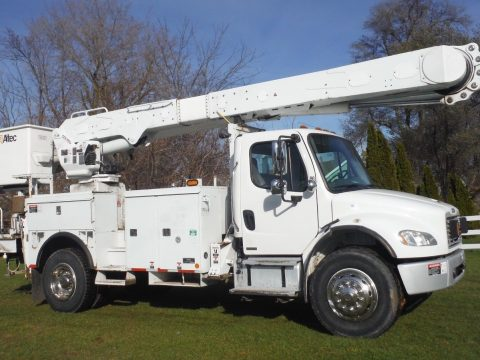 ready for work 2006 Freightliner boom truck for sale