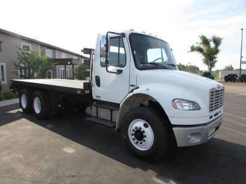 rust free 2005 Freightliner M2 Flat Bed Truck for sale
