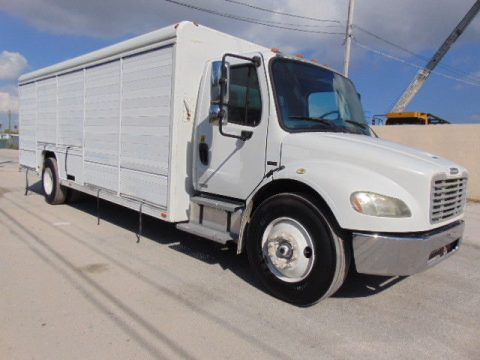 rust free 2006 Freightliner M2 Business Class box truck for sale