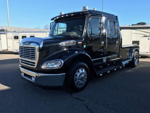 sharp 2010 Freightliner Sportchassis truck for sale