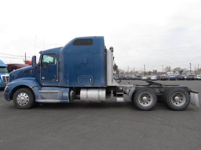 great shape 2013 Kenworth T660 truck