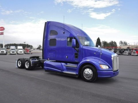 very clean 2012 Kenworth T700 Sleeper for sale