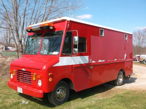 very nice 1983 Chevrolet Grumman P30 truck for sale