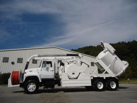 clean and rare 1989 Ford L8000 Hydro VAC Vacuum Pumper Jetter Truck for sale