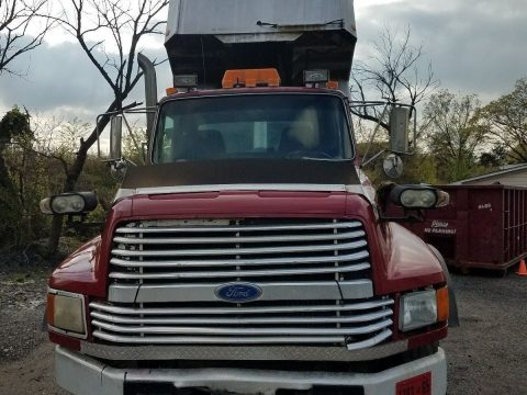 runs great 1994 Ford LTL9000 tri axle truck for sale