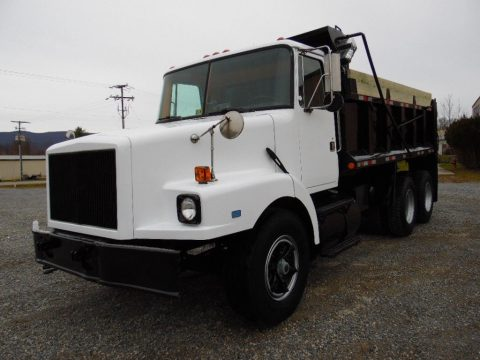 very clean 1990 Volvo White Contractor Tandem AXLE DUMP TRUCK for sale