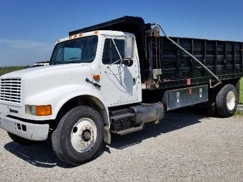great running 1994 International 4900 Dump Truck for sale