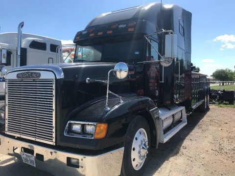 Heavy Duty Wrecker 1994 Freightliner truck for sale