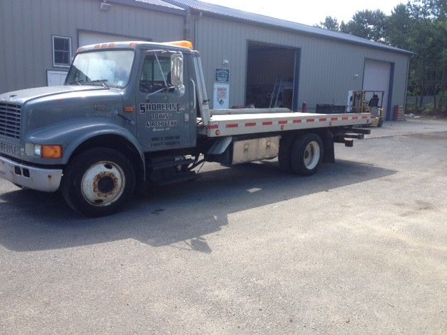 needs new tires 1997 International 4700 truck
