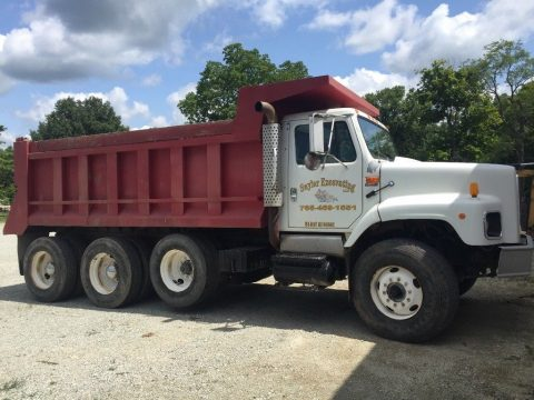 no issues 1997 International 2674 tri axle dump truck for sale
