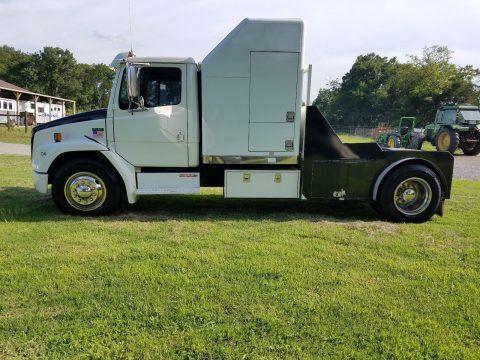 overhauled 1998 Freightliner FL60 truck for sale