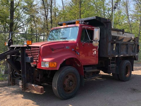 plow equipped 1997 International 4900 truck for sale