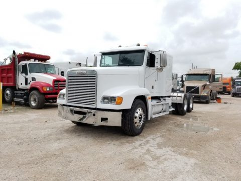 solid 1998 Freightliner FLD truck for sale